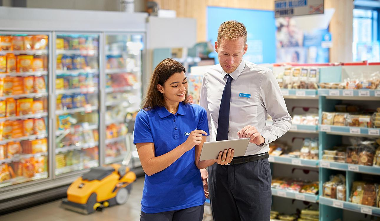 Maintaining Consistent Cleanliness Across All Retail Locations