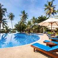 desinfectar piscina de un hotel